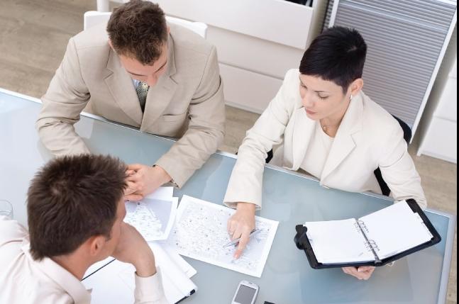 Fa fata conflictelor la locul de munca