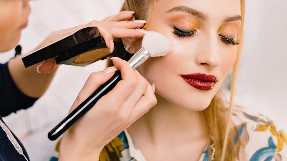 make-up la salon cu stailer